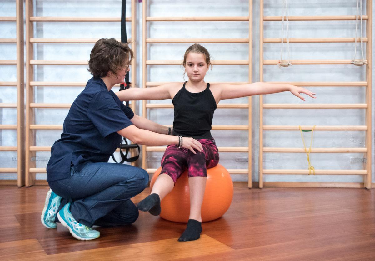 fisioterapia pediatrica presso centro specializzato Sport Clinic Center